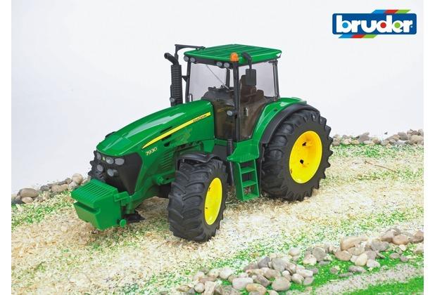 Bruder john deere traktor 7930 hertie.de