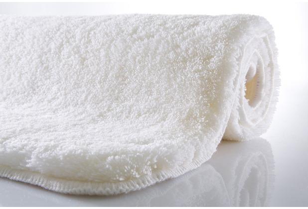 kleine wolke badteppich relax polarweiss. Black Bedroom Furniture Sets. Home Design Ideas